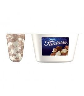 Danone Fantasia Jogurt kremowy z gwiazdkami w czekoladzie 106 g