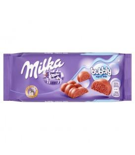 Milka Bubbly Alpine Milk Czekolada mleczna w środku napowietrzona 90 g